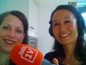 Life & business coach Sara Van Wesenbeeck geeft tips aan luisteraars van NPO Radio 1, Een Vandaag